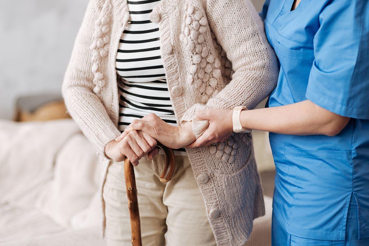 Bệnh loãng xương và hormone sinh dục