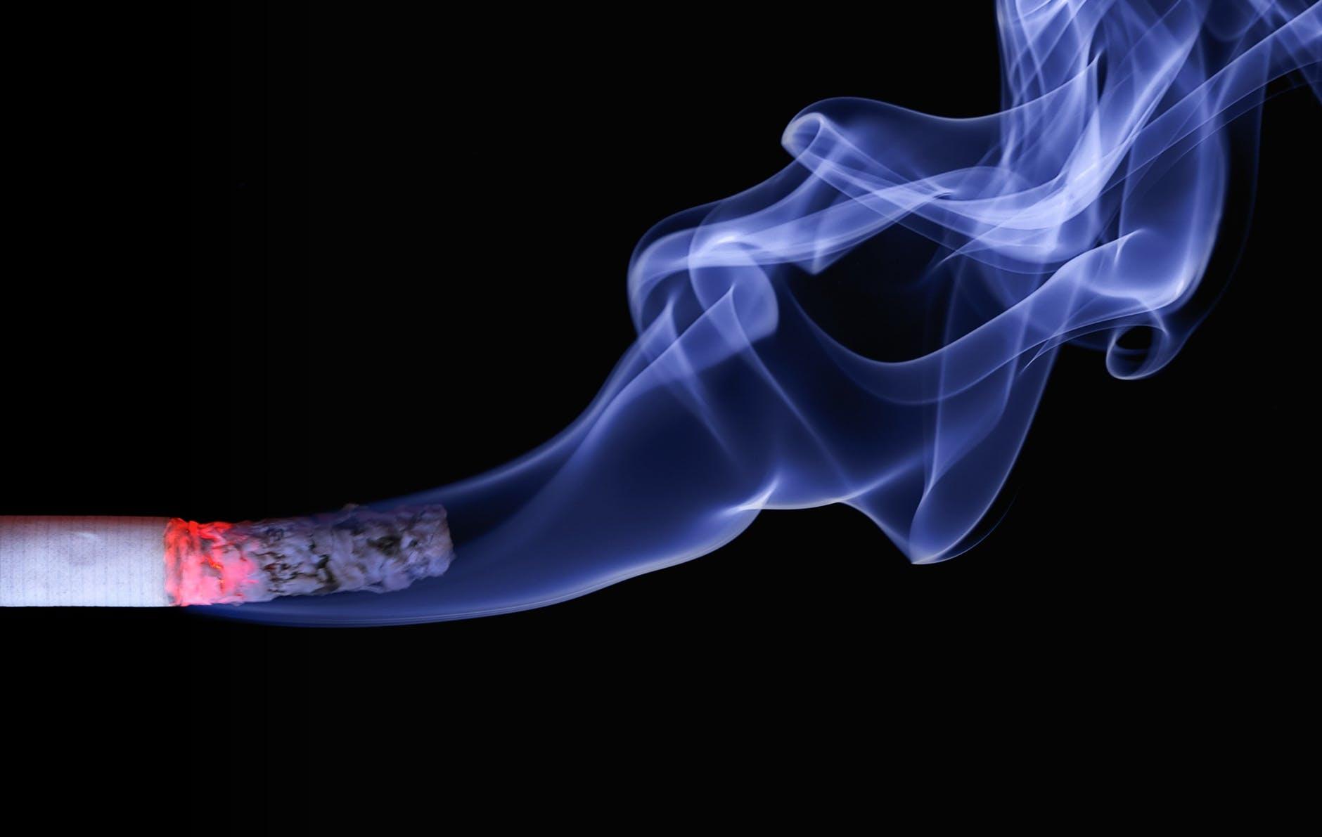 Hút thuốc lá điện tử (VAPE) có gây viêm tiểu phế quản không?