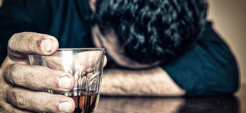 Làm thế nào để giảm uống rượu?